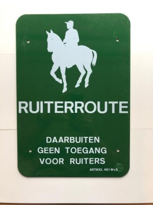 Equestrian route, outside it no access for riders 300 x 430mm